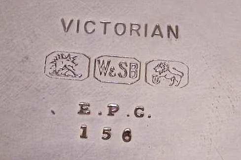 victoria2.jpg