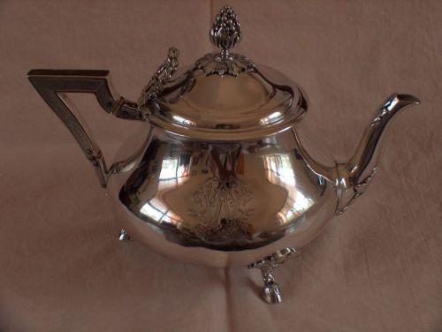 Aucoc Aine teapot (2).JPG