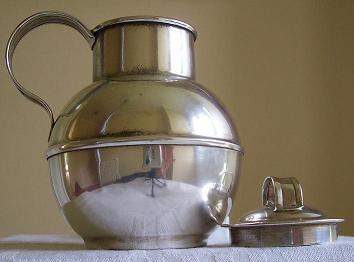 jug and lid.JPG