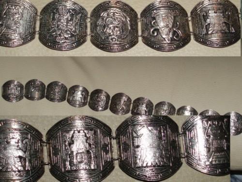 silver necklace1.jpg