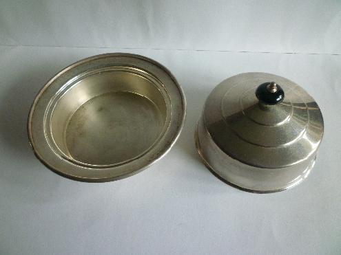 Silver pot AA.jpg