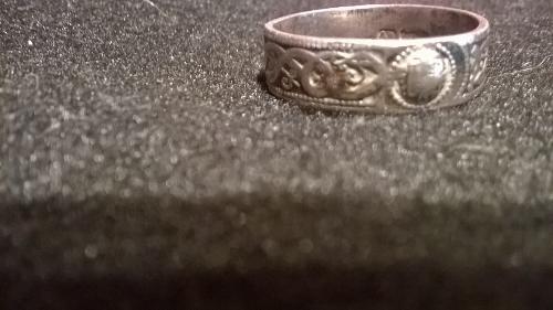 silver ring 1 (500x281).jpg