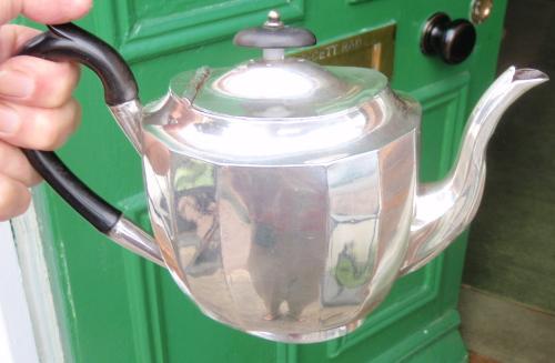 Keef teapot.jpg
