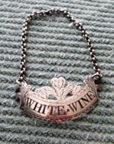 White wineb.jpg