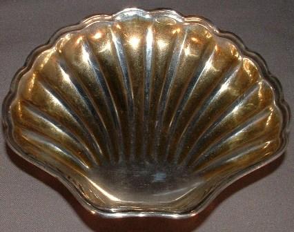 Tiffany Shell Dish, full - Copy.JPG
